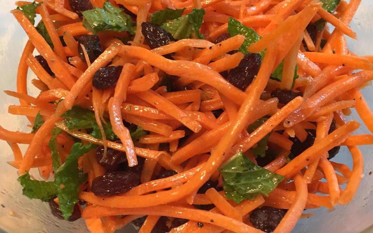 Clean Carrot & Raisin Salad