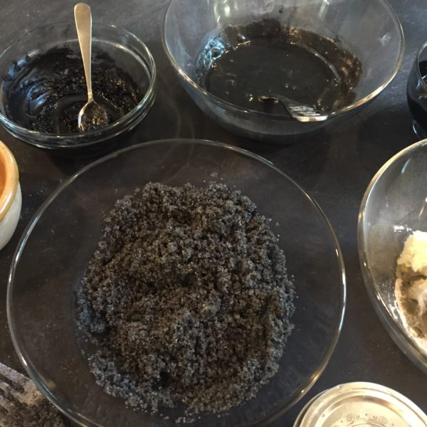 DIY 3 Ingredient Activated Charcoal Face Mask